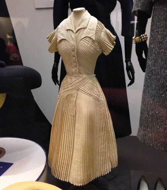 V&A-woolmodel