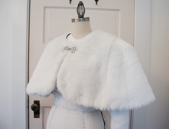 WeddingCapelet